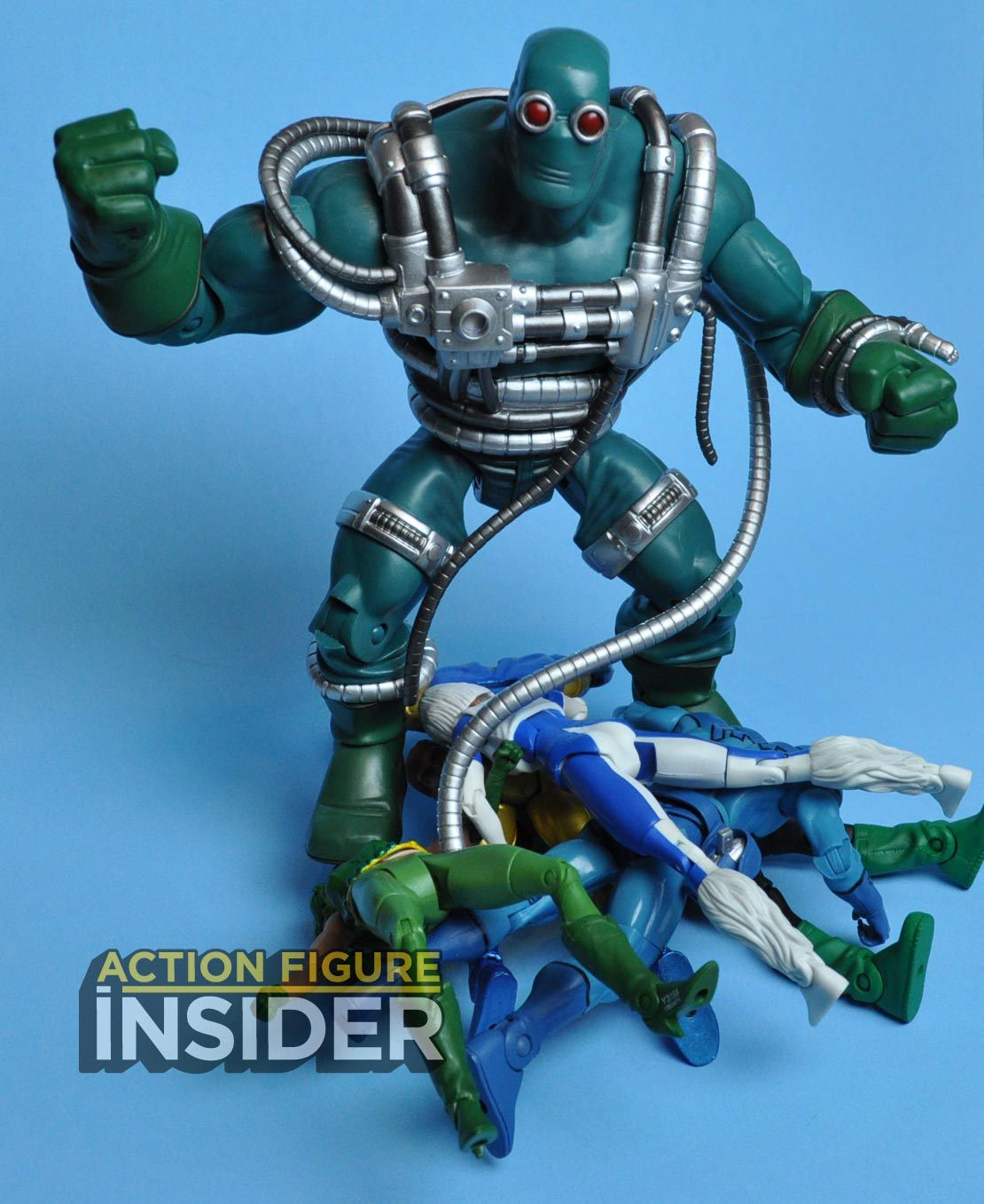 Action Figure Insider Video 2014 Sdcc Figure Dc Universe Doomsday